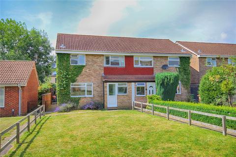 3 bedroom end of terrace house for sale - Alexandria Walk, Cheltenham, Gloucestershire, GL52