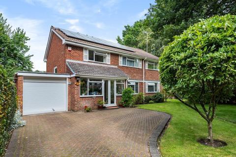 4 bedroom detached house for sale - Fleet,  Hampshire,  GU52