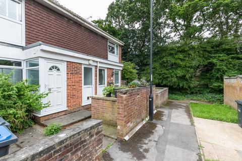 1 bedroom flat to rent - Sawyers Close, Burgess Hill RH15