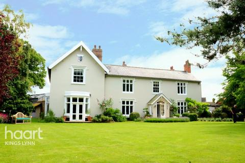 7 bedroom country house for sale - The Old Rectory The Green, North Wootton PE30 3RD