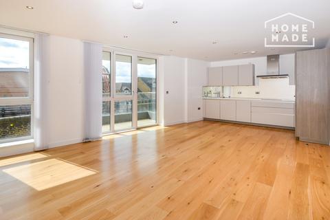 3 bedroom flat to rent - Glenbrook Apartments, Hammersmith, W6