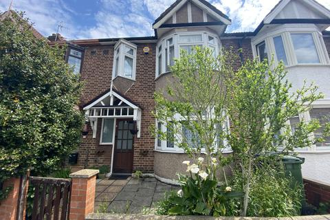 3 bedroom terraced house to rent - Coolgardie Avenue, Highams Park, E4