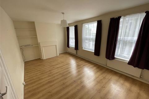 3 bedroom maisonette to rent - High Road, London, Greater London, N20
