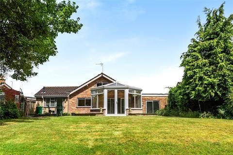 3 bedroom bungalow for sale - Bafford Grove, Charlton Kings, Cheltenham, GL53