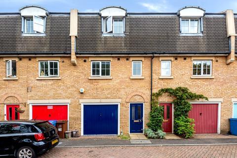 3 bedroom terraced house for sale - Tilson Close Close SE5
