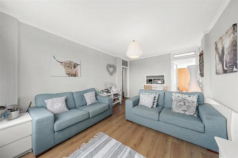 2 bedroom flat for sale - Whitlock Drive, SW19