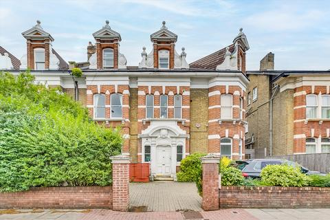 2 bedroom flat for sale - Trinity Road, London, SW17