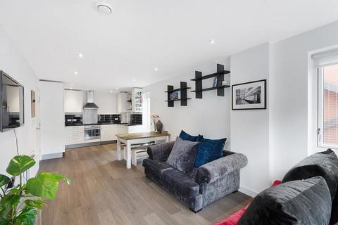 2 bedroom flat to rent - St. Pancras Way, King's Cross, London, NW1