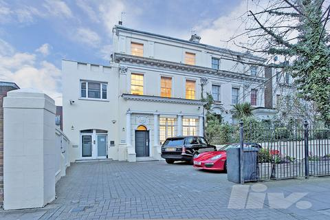4 bedroom flat to rent - Finchley Road, St John's Wood, NW8