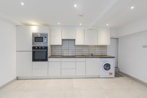 1 bedroom flat to rent - Loveridge Road, West Hampstead NW6