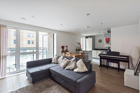 3 bedroom flat to rent - Greenwich High Road London SE10