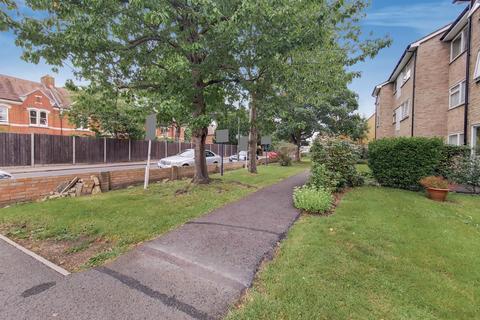 1 bedroom flat for sale - Morgan Court, Feltham Hill Road