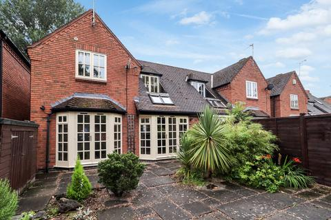 3 bedroom semi-detached house for sale - Paddock Close, Rothley
