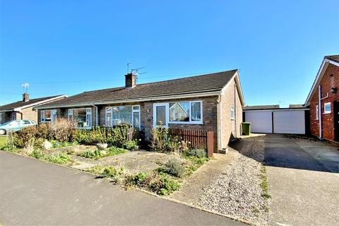 3 bedroom semi-detached bungalow for sale - Kingsleigh Close, Trunch, North Walsham