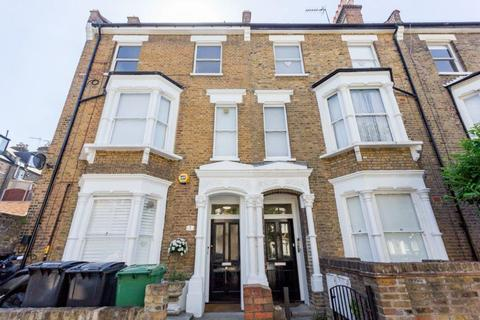 2 bedroom flat to rent - Roderick Road Parliament Hill Hampstead NW3