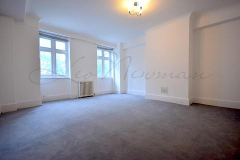 4 bedroom flat to rent - Hall Road, St John's Wood, NW8