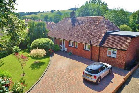 3 bedroom bungalow for sale - Summerfields, Findon Village, West Sussex, BN14