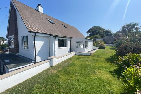 4 bedroom detached house for sale - Penysarn, Anglesey