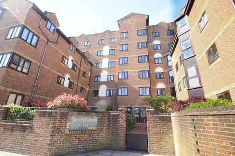 2 bedroom retirement property for sale - High Street, Rochester