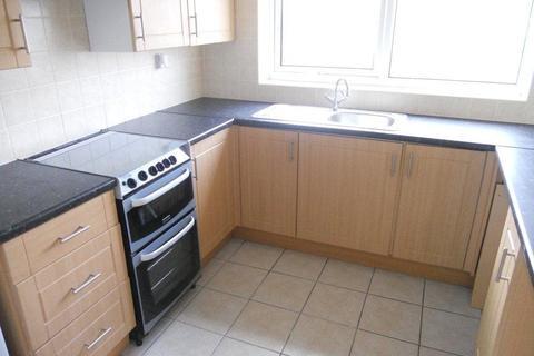 2 bedroom flat to rent - Maple Road, Penarth,