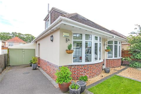 4 bedroom detached house for sale - Merrivale Avenue, Southbourne, Bournemouth, Dorset, BH6