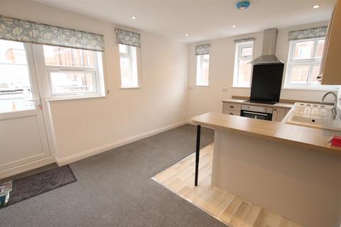 1 bedroom flat to rent - St. Giles Street, Northampton