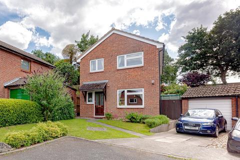 4 bedroom detached house for sale - Longham Copse, Downswood, ME15