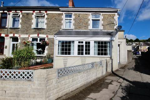 3 bedroom semi-detached house for sale - Greenfield Avenue, Newbridge, Newport