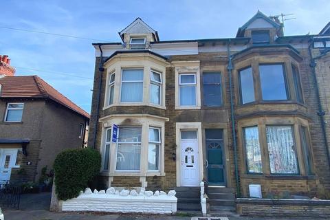 5 bedroom end of terrace house for sale - St Margaret's Road, Morecambe, LA4 6EF