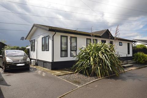 2 bedroom park home for sale - Riverhill, Worcester Park, Surrey. KT4 7QB