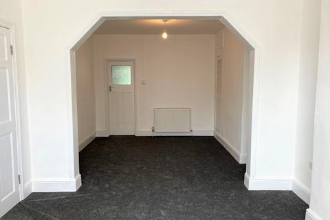 3 bedroom end of terrace house to rent - Percy Road, Seven Kings, Ilford, Essex IG3