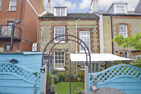 4 bedroom townhouse for sale - Surrey Street, Littlehampton, West Sussex