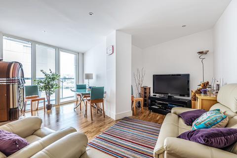 2 bedroom flat for sale - Dowells Street London SE10