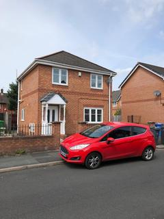 2 bedroom detached house to rent - Livingston Avenue, Manchester, Greater M22