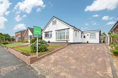 4 bedroom bungalow for sale - Philips Park Road West, Whitefield, M45