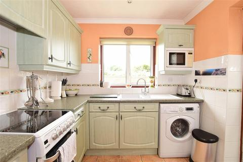 3 bedroom semi-detached house for sale - Aviemore Gardens, Bearsted, Maidstone, Kent