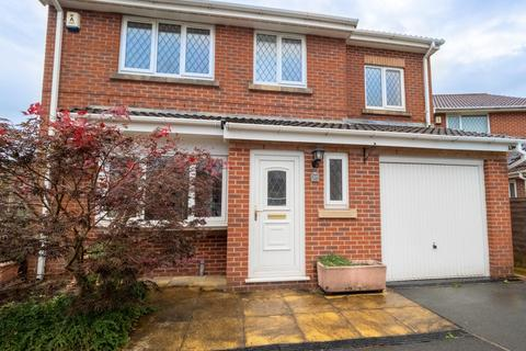 4 bedroom detached house for sale - The Meadows, Darwen