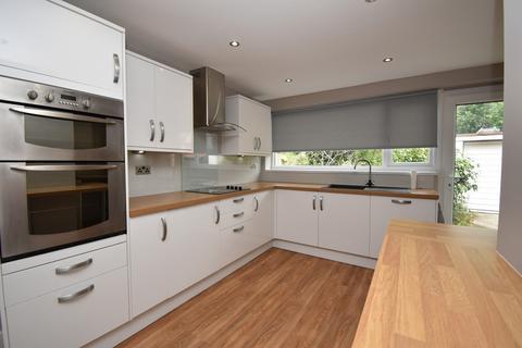 4 bedroom semi-detached house for sale - Mereland Road, Blackpool, FY3