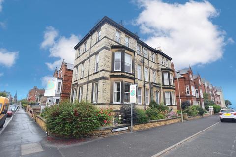 3 bedroom maisonette for sale - West Street, Scarborough
