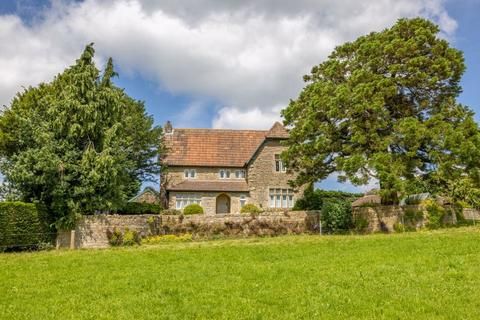 5 bedroom character property for sale - Huge potential tucked away in Dundry