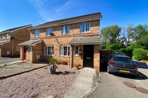 3 bedroom semi-detached house for sale - 20 Vale Park, Bridgend, CF31 5EA