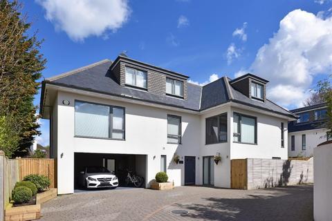 6 bedroom detached house for sale - Tongdean Road, Hove