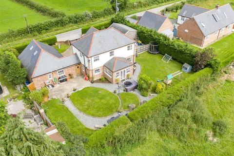4 bedroom detached house for sale - Rhos Common