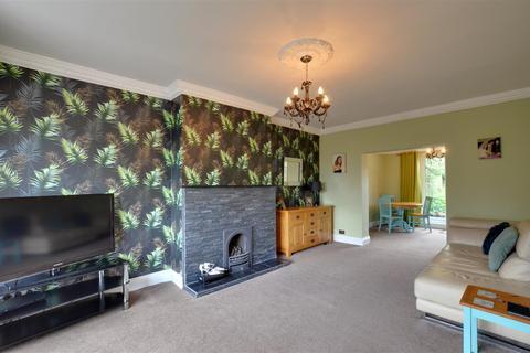 4 bedroom semi-detached house for sale - Farrington Avenue, East Herrington, Sunderland