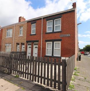 3 bedroom flat to rent - Alexandra Road, Ashington