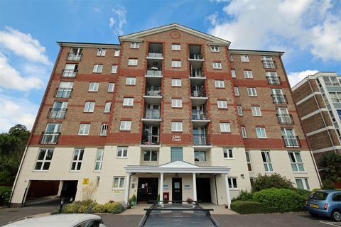 2 bedroom retirement property to rent - London Road, Patcham, Brighton