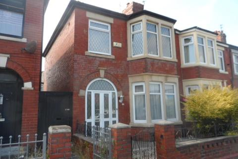 3 bedroom semi-detached house for sale - Devonshire Road, Blackpool, FY3 8AN