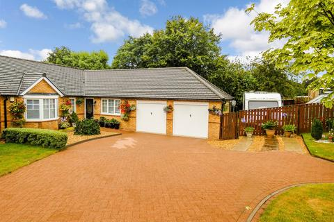 3 bedroom bungalow for sale - Ellington View, Ellington, Morpeth, Northumberland, NE61 5BN
