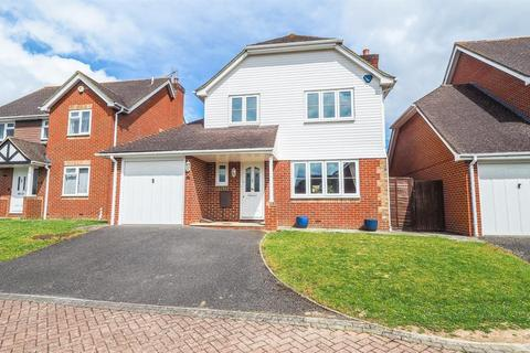 4 bedroom semi-detached house to rent - Yeoman Park, Bearsted, Maidstone, Kent, ME15 8PT