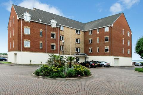 2 bedroom flat to rent - Pacific Close, Southampton